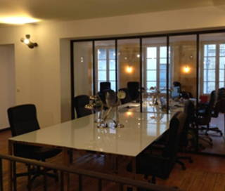 Open Space  12 postes Location bureau Place Canteloup Bordeaux 33800
